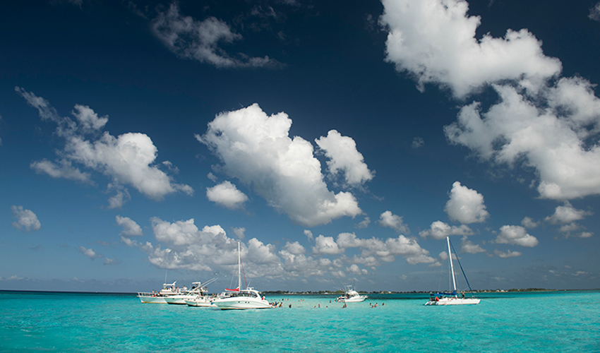 Grand cayman islands yacht charter cayman luxury for Grand cayman fishing